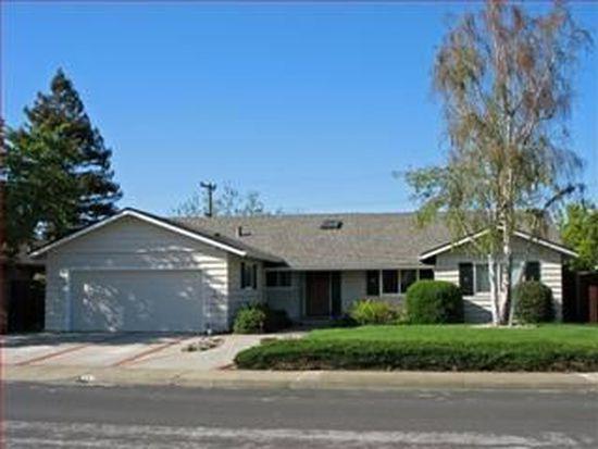 1212 Awalt Dr, Mountain View, CA 94040