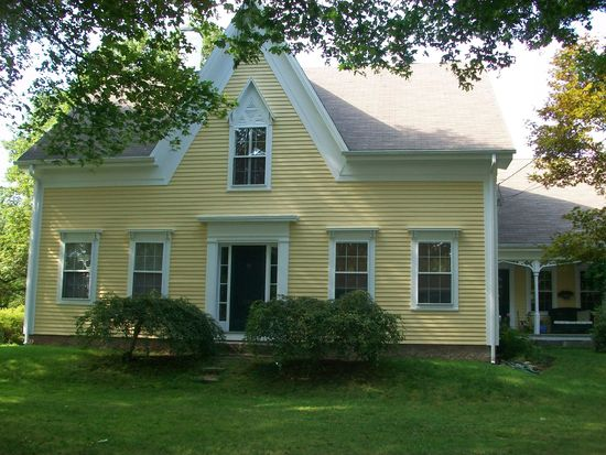 541 New Bedford Rd, Rochester, MA 02770