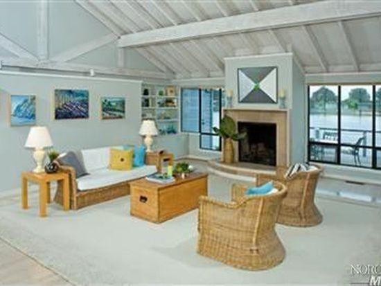 93 Dipsea Rd, Stinson Beach, CA 94970