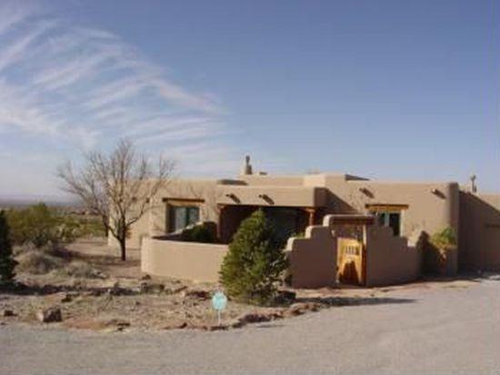 5050 Black Quartz Rd, Las Cruces, NM 88011