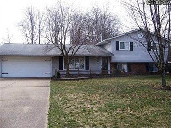 6892 Shelly Dr, Madison, OH 44057