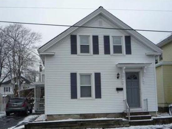 19 Walter St, Salem, MA 01970