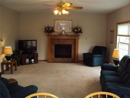 7324 Chip Shot Ln, Waterville, OH 43566