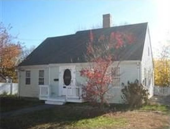17 Old Ford Rd, Gloucester, MA 01930