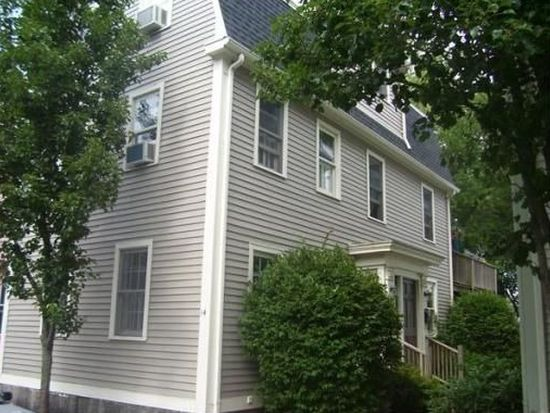 14 Williams St, Salem, MA 01970