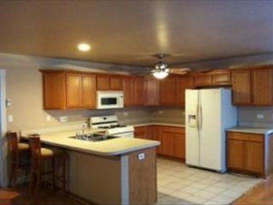 1234 Thornwood Ln, Crystal Lake, IL 60014