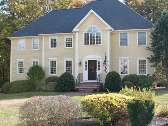 16 Olde Coach Rd, North Reading, MA 01864