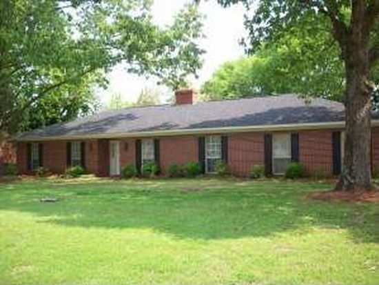 1440 Lakeshire Dr, Tupelo, MS 38804