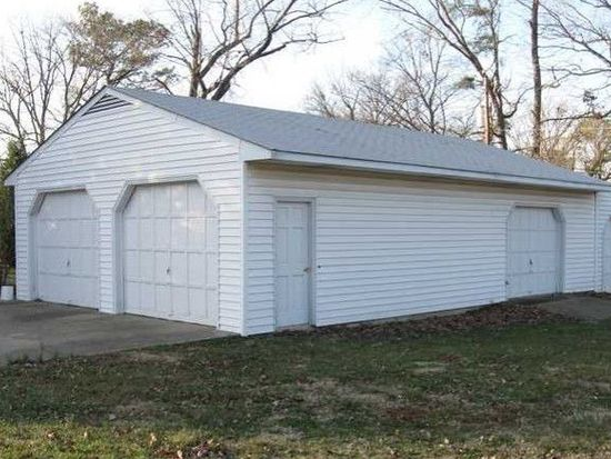 310 Woodview Dr, Sandston, VA 23150