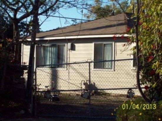 1755 N Santa Fe Ave, Vista, CA 92084