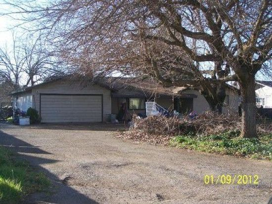 455 Roundup Ave, Red Bluff, CA 96080