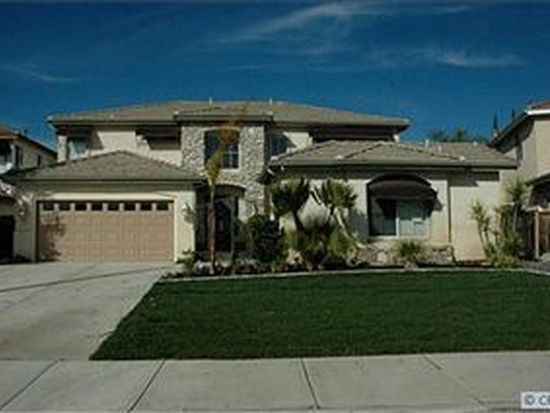 39720 Primrose Cir, Murrieta, CA 92563