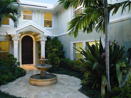 902 Seasage Dr, Delray Beach, FL 33483