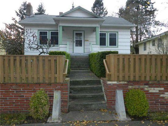 8843 35th Ave SW, Seattle, WA 98126