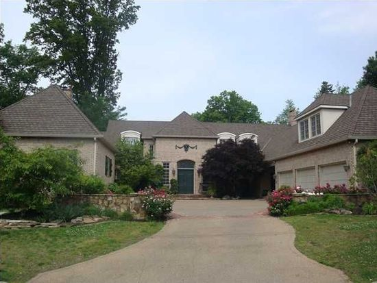 21 Johnson Pl, Evansville, IN 47714