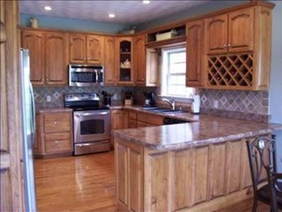 411 Lamplighter Dr, Bowling Green, KY 42104