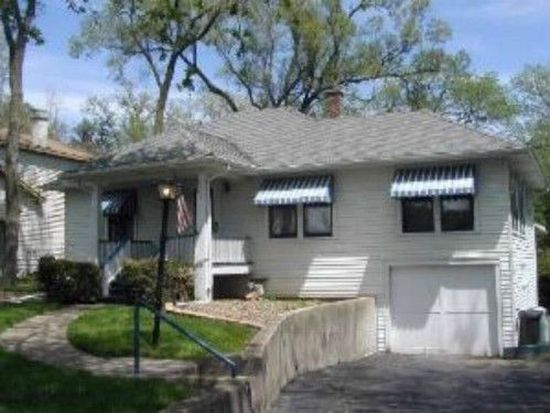 6003 Woodward Ave, Downers Grove, IL 60516