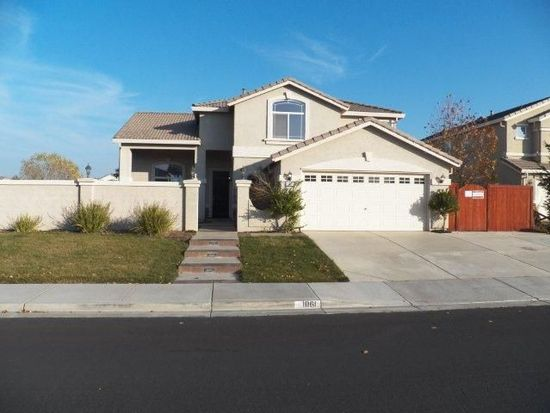 1061 Mission Bay Dr, Vacaville, CA 95688