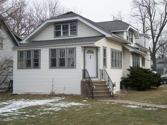 229 S Yale Ave, Villa Park, IL 60181