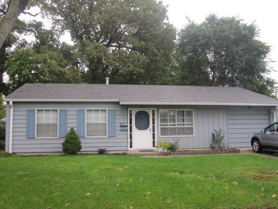 1090 Robinson St, Marion, OH 43302