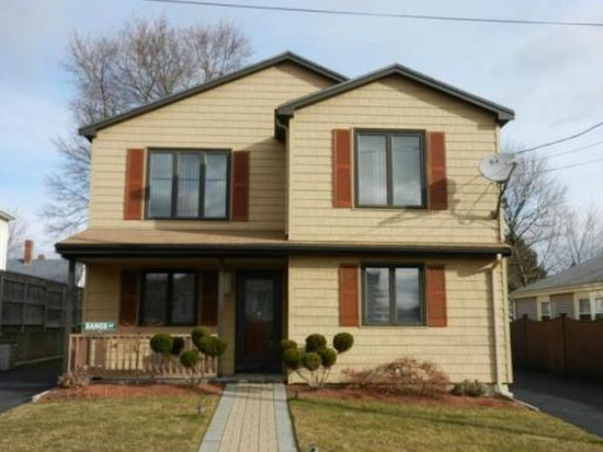 13 Coolidge Rd, Peabody, MA 01960