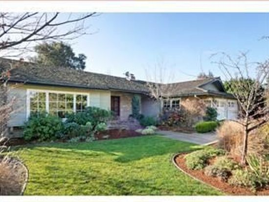 28 Carriage Ct, Los Altos, CA 94022
