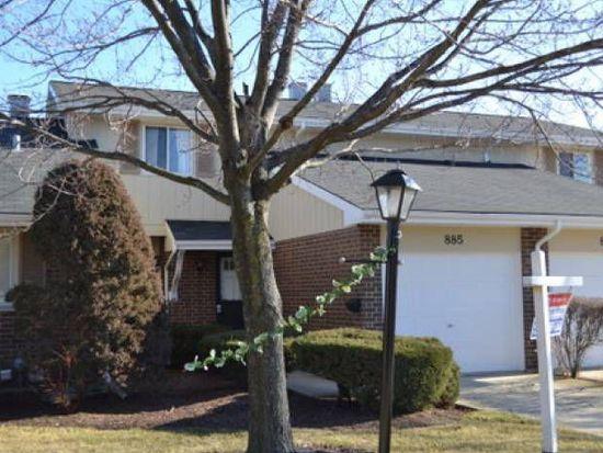 885 Heatherbrook Ct, Wheaton, IL 60189