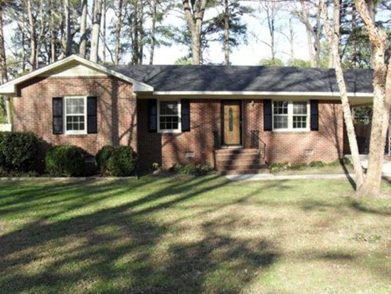 1712 Meadowbrook Ln W, Wilson, NC 27893
