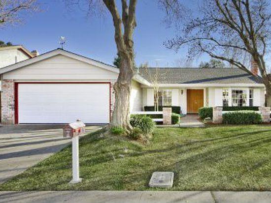 428 Fiesta Ave, Davis, CA 95616
