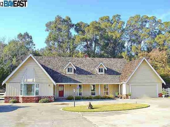 6950 Crow Canyon Rd, Castro Valley, CA 94552