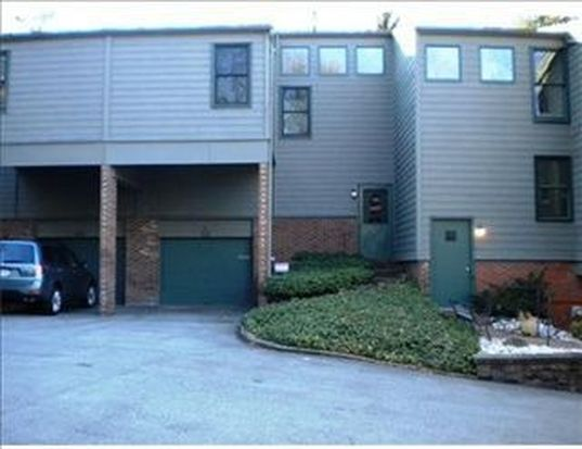 68 Timberline Ct, Pittsburgh, PA 15217