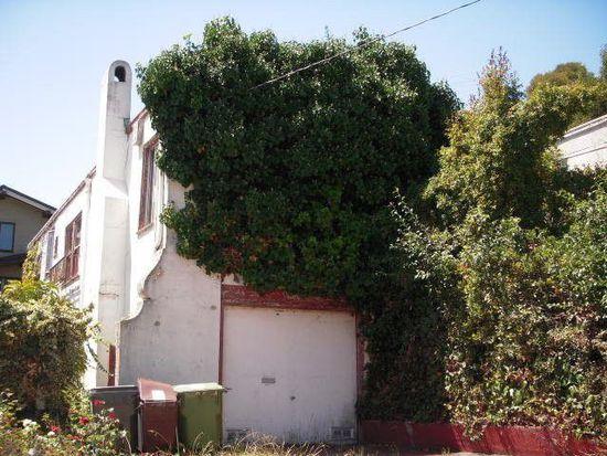 823 Paloma Ave, Oakland, CA 94610