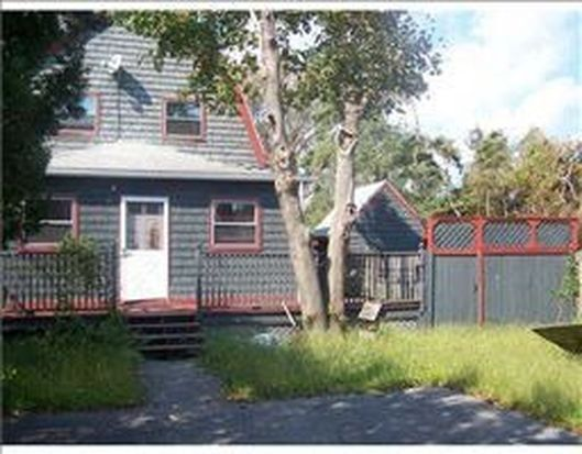 51 Whipple Ave, Warwick, RI 02889