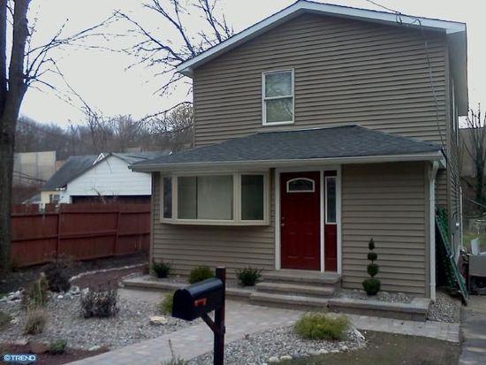 637 Penn St, Trevose, PA 19053