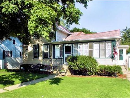 114 N Van Nortwick Ave, Batavia, IL 60510