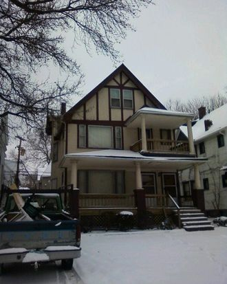 10124 Parkgate Ave, Cleveland, OH 44108