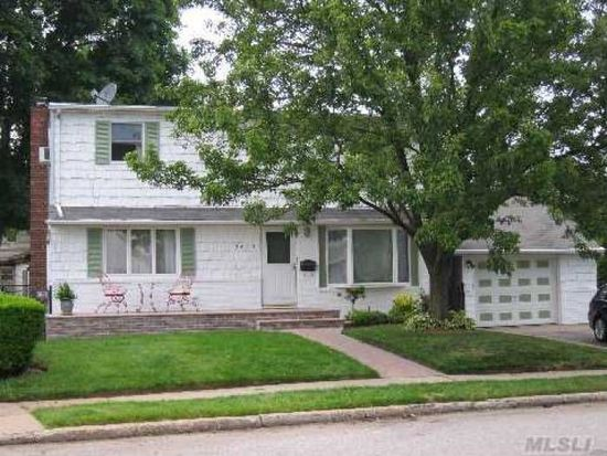 2649 Susan Dr, East Meadow, NY 11554