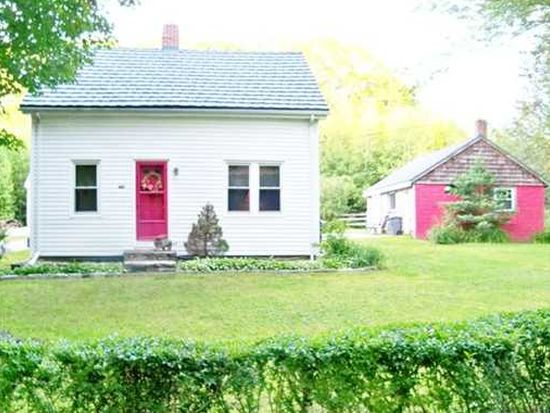 160 Bungy Rd, North Scituate, RI 02857