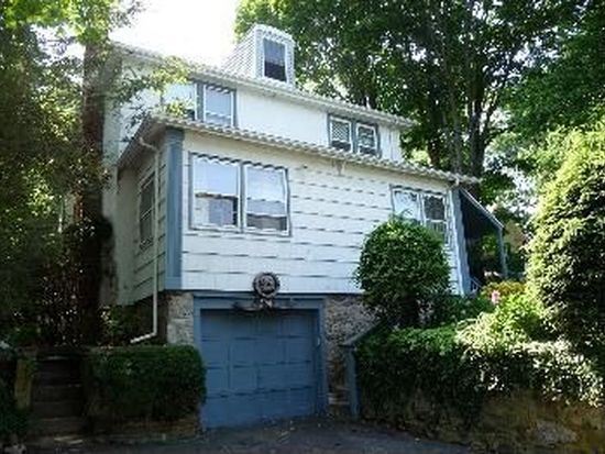 174 Forest St, New Canaan, CT 06840