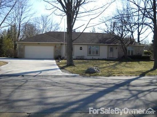 307 Harbour Trees Ln, Noblesville, IN 46062