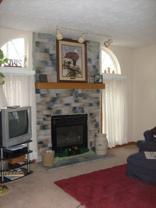 8555 Findley Lake Rd, North East, PA 16428