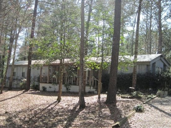 27 James Houston Rd, Laurel, MS 39443