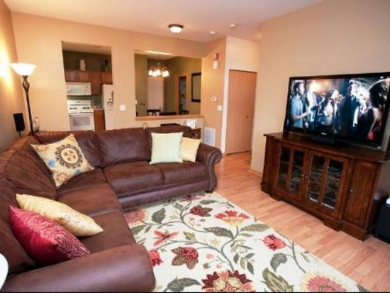 11S456 Rachael Ct, Willowbrook, IL 60527