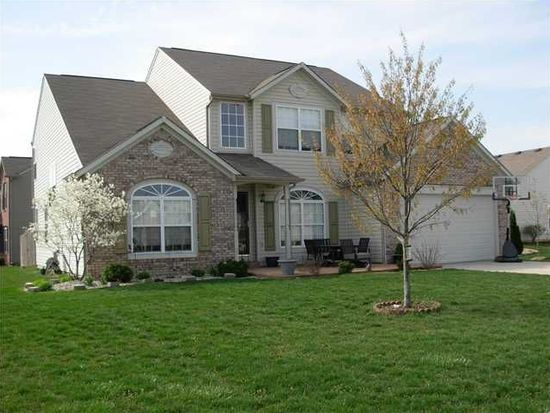 1922 Copeland Farms Dr, Greenfield, IN 46140