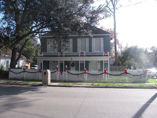 517 W Sealy St, Alvin, TX 77511
