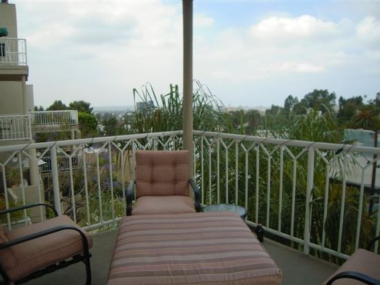 2222 N Beachwood Dr APT 206, Los Angeles, CA 90068