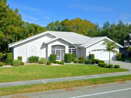 454 Lake Of The Woods Dr, Venice, FL 34293