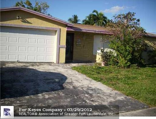 3199 NW 40th St, Lauderdale Lakes, FL 33309