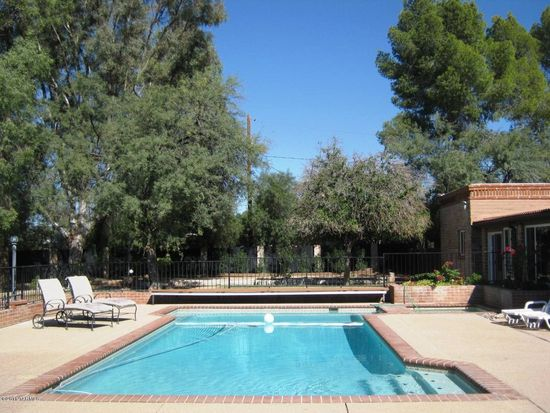 444 S Randolph Way, Tucson, AZ 85716