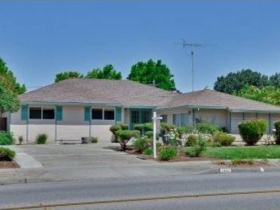 1432 Hollenbeck Ave, Sunnyvale, CA 94087